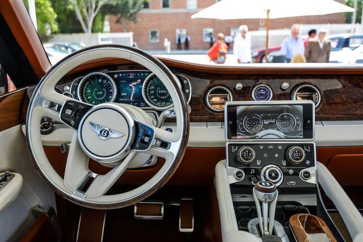 Inside the 2014 Bentley SUV. What a view! - LGMSports.com