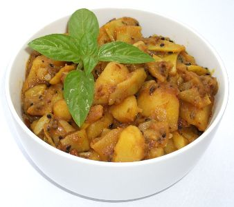 Curry de cartofi cu pastai