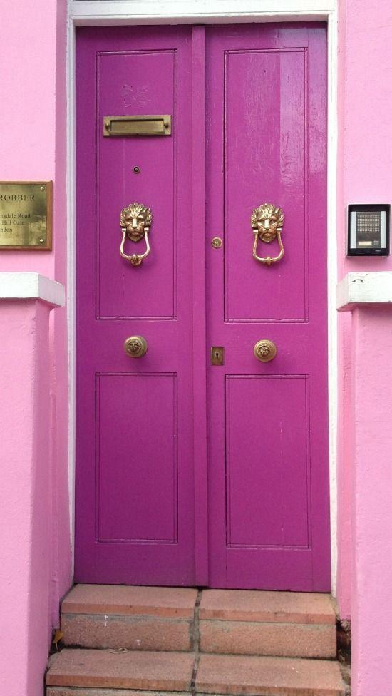 pink door exterior in London via urban flip flops. #CasaDeCarson