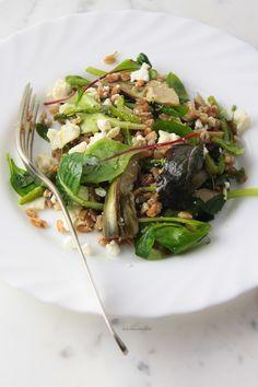 Insalata di asparagi, carciofi, farro e feta | Dolcetti & Scherzetti