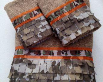 Camo and Neon Orange Bath Towel Set