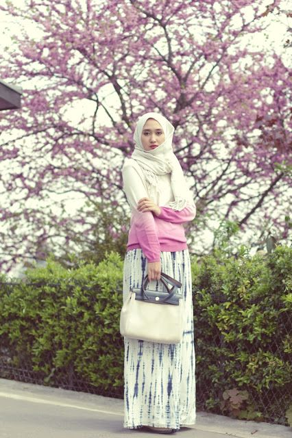 Full Bloom - Dian Pelangi