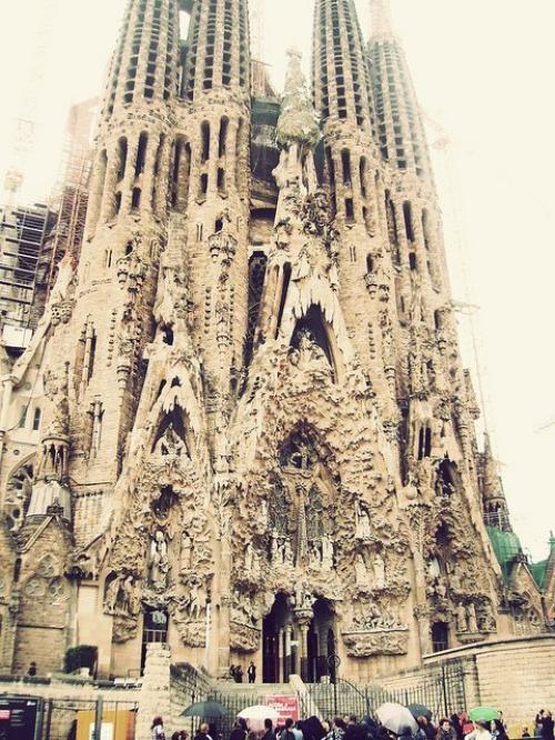Take me to Barcelona <3