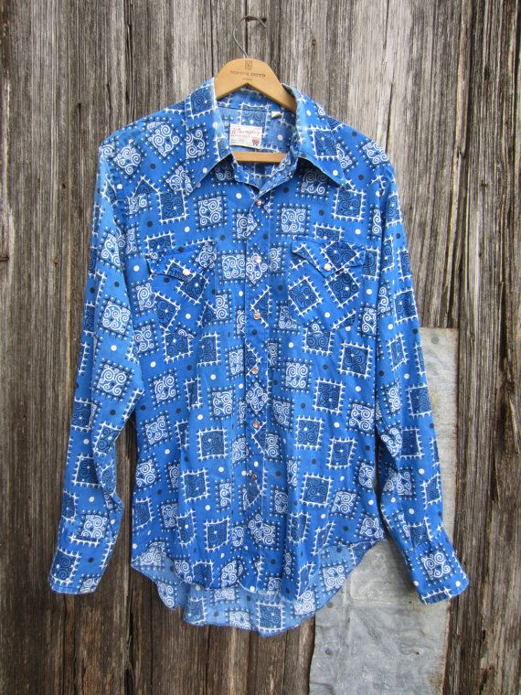 70s Blue Wrangler Western Shirt w/ Bandana Print, M-L // Mens Vintage Country Western Shirt // Sun Faded Cowboy Shirt