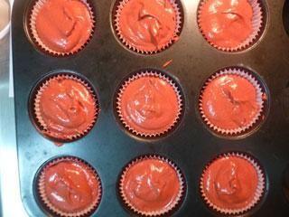 Red velvet cupcakes (Κόκκινα βελούδινα κεικάκια)   cookcool