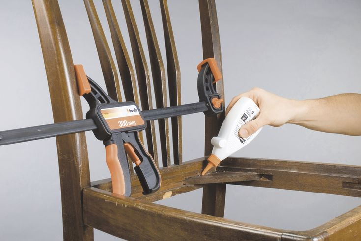 Wackelige und quietschende Holzstühle selbst reparieren. Neues Leben für alte Stühle