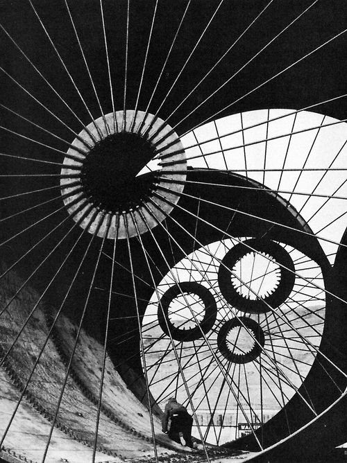 Wind tunnel construction, Ft. Peck, Montana, 1936 Photo by Margaret Bourke-White, from March 1997 Smithsonian