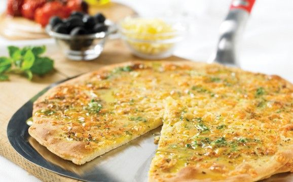 Really cheesy garlic bread!