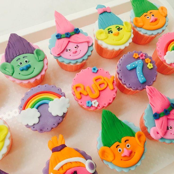 "33 Likes, 2 Comments - Cupcakelicious U (@cupcakelicious_u) on Instagram: ""Oh Happy Day for Ruby!!  #trollsparty #trollscupcakes #poppytroll #littlefurryfriend #cute…"""