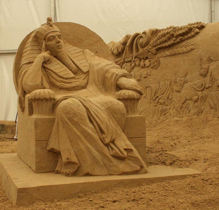 Bosambo - ledové sněhové pískové sochy festivaly - sand sculpture