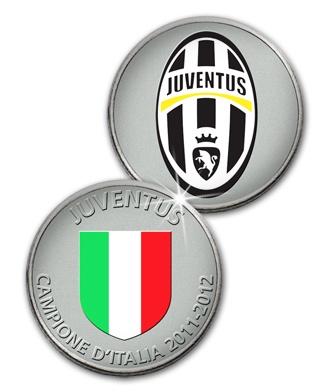 La medaglia ufficiale con logo Juventus e scudetto