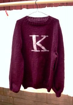 The Greatest Knitting Patterns in the Universe ----- This is perfect! =) I even look like a Weasley! =) I want one of these sweaters! =)