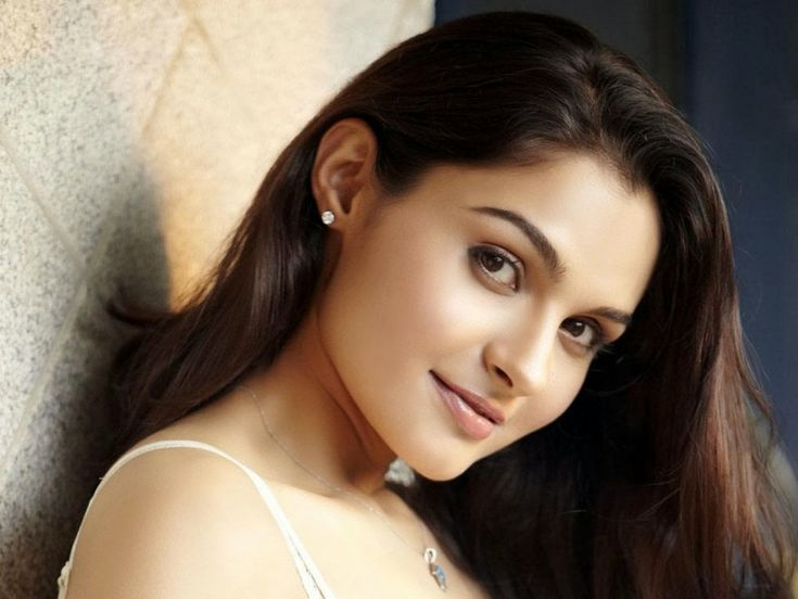 Andrea Jeremiah Wallpapers