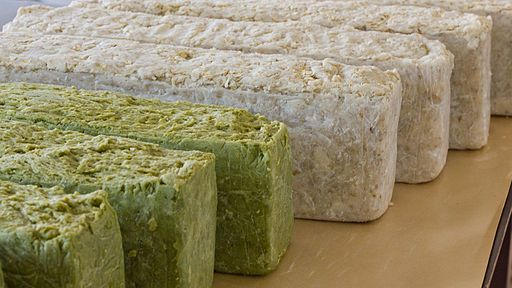 The Basic Mistakes Of Beginning Soap Makers--seems to be talking about melt and pour