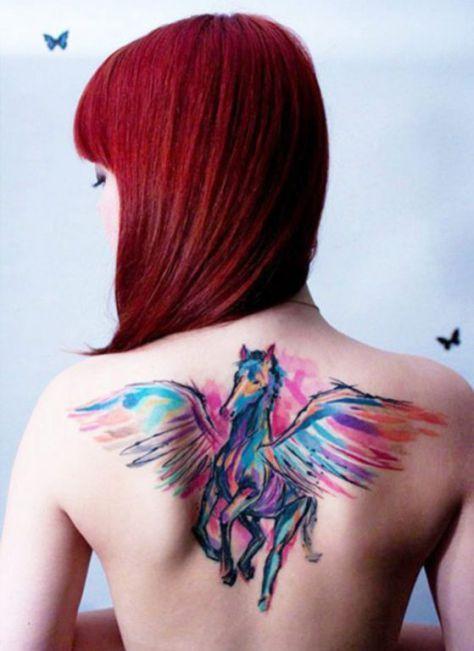 Los tatuajes de caballos a pesar de no ser muy populares pueden llegar a ser una buena opción, encuentra diseños de tatuajes y sus diferentes significados