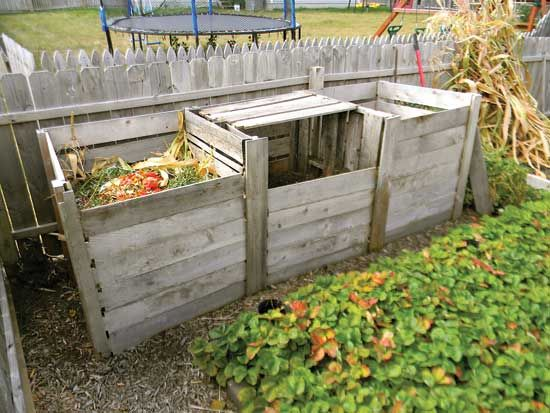 Compost Bin   Courtesy of Mother Earth News.