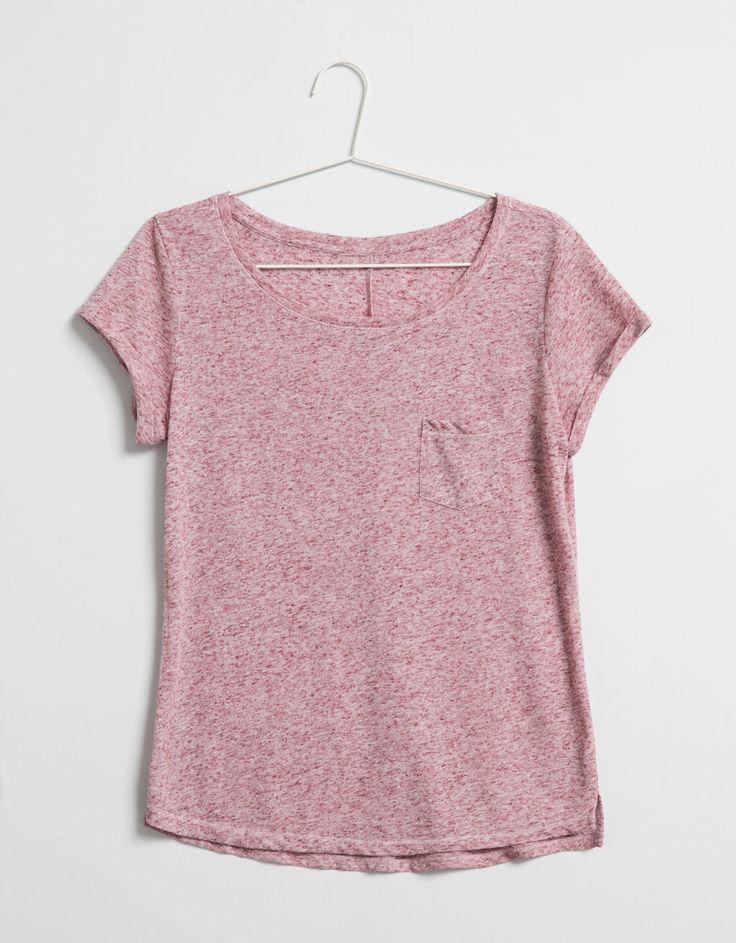 BSK basic pocket T-shirt - Bershka Recommends - Bershka Indonesia