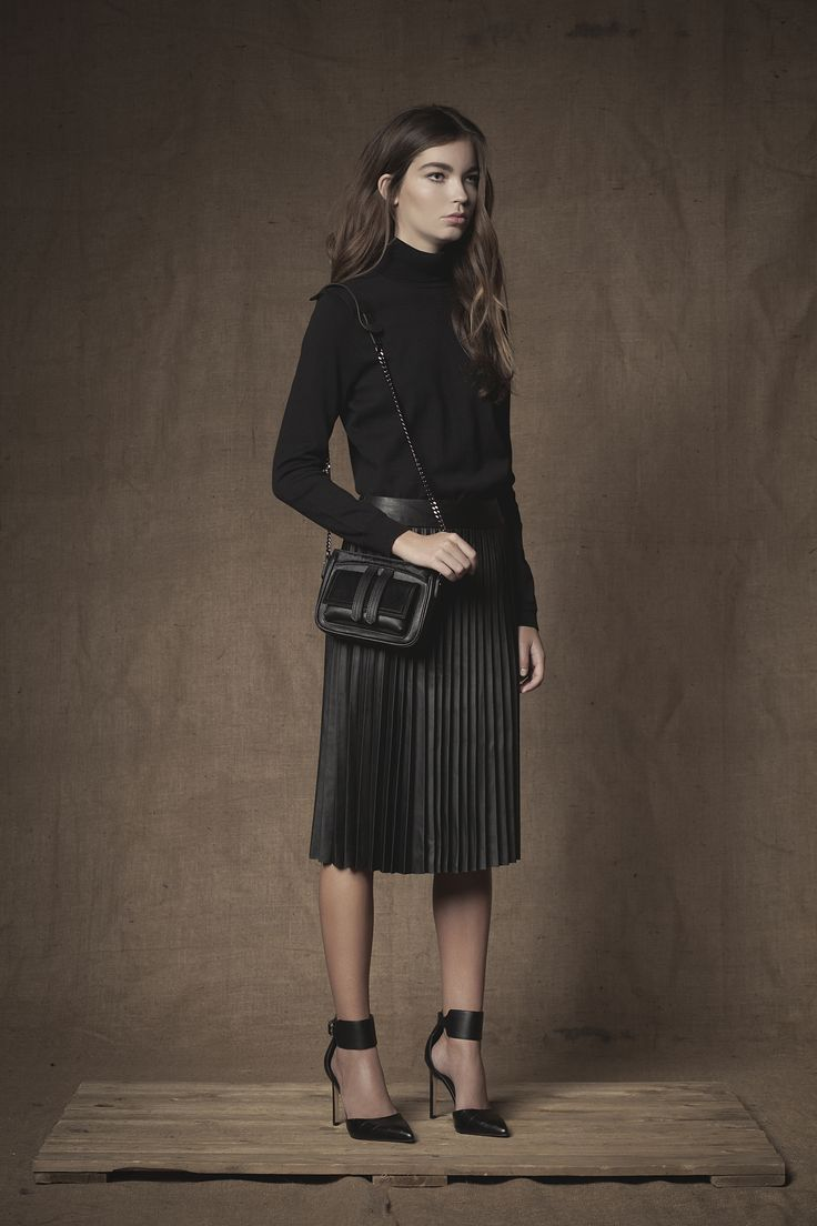Marco Chain Link Bag #Shoulderbag  #Chainlinkbag  #Handbag #FW15  #Leather #Calfhair  #Black