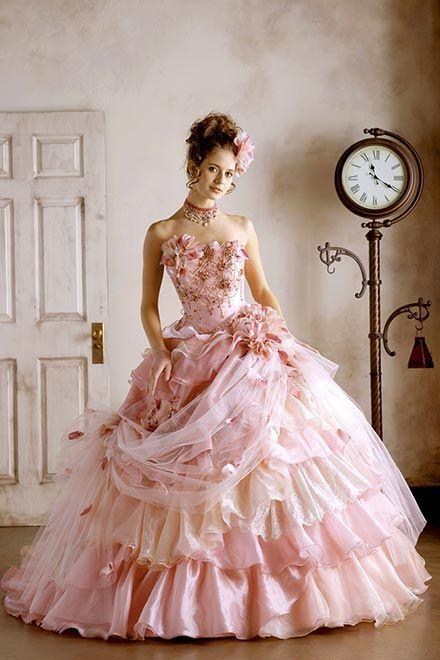 https://mariage-grande.com/images/dress/image19_large.jpg