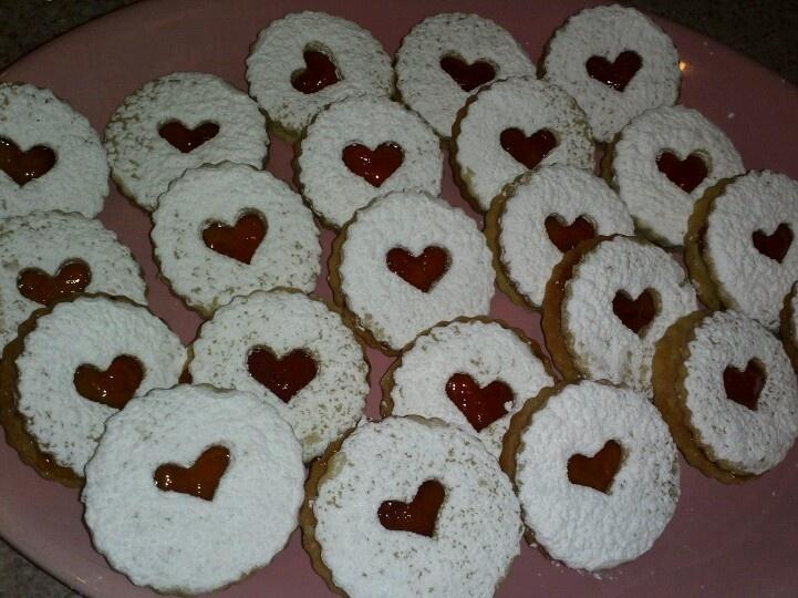 Raspberry linzer cookies | My cakes! | Pinterest
