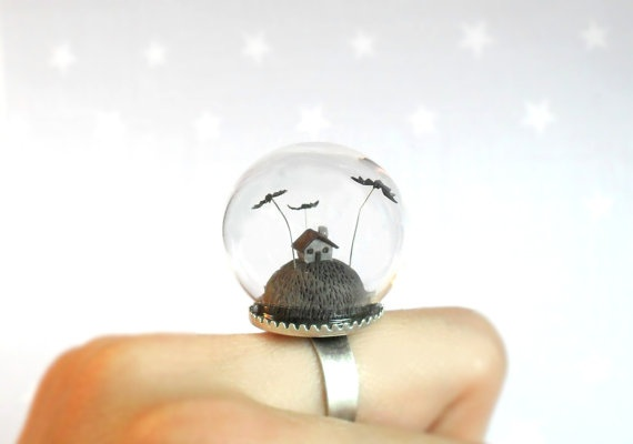 Scary little gray house and bats  fantasy adjustable by HoKiou: Halloween Rings Scary, Bats, Fantasy Adjustable, Haunted Houses, Snow Globes, Adjustable Rings, Fashion Accessories, Terrarium Rings, Gray Houses