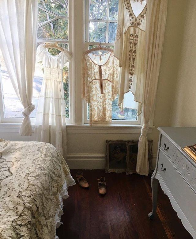 Pin by zoe loves vintage on bedroom in 2018 Pinterest Window