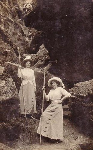 1910's hikers