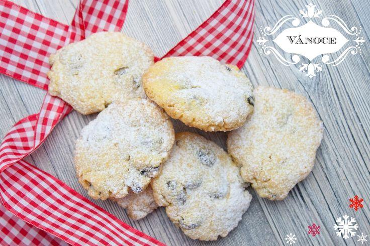 Tyhle italské sušenky jsou oblíbené po celý rok,ale na Vánoce prostě nesmí chybět a po prvním ochutnání je mi jasné proč. Jsou výborné, krás...