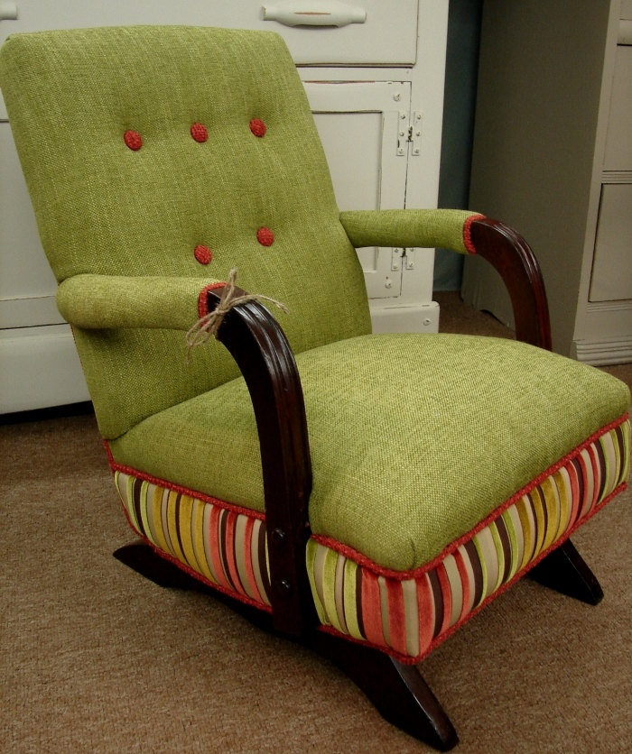 - Child's Upholstered Rocking Chair - WoodWorking Projects & Plans