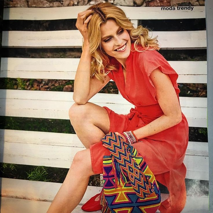 We haven't seen it yet by ourselves, but our family members just let us know, that in the newest edition of Olivia magazine there is the styling proposal with Wayuu bag. We had this pattern in previous collection in various colors. It is traditional Kanaas, if you are interested in the meaning of other patterns, just have a look here: https://www.luloplanet.com/pages/wayuu-culture. #mochila #wayuu #warszawa #patterns #magazynolivia #wayuubags #ootd #ootdfashion