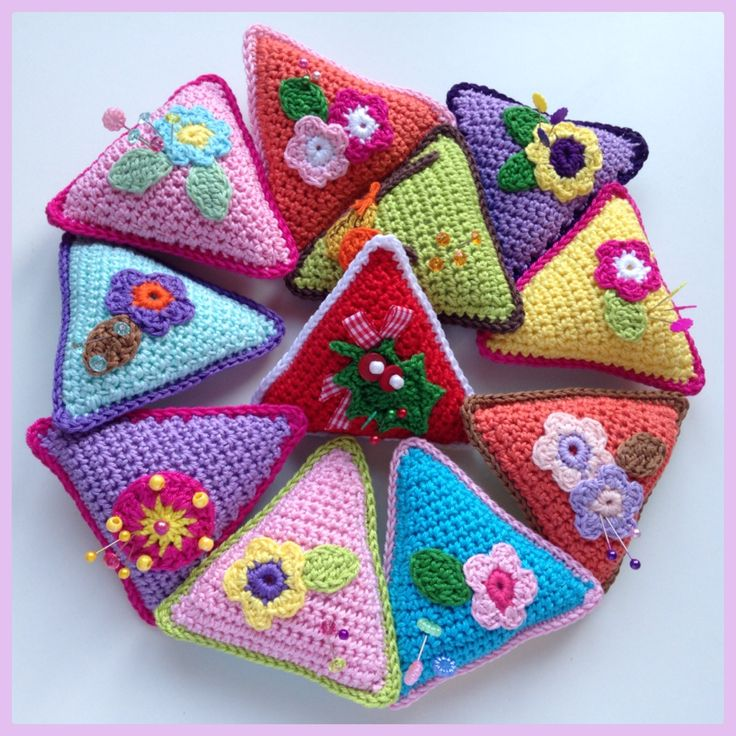 Triangle Pincushion (Tutorial)