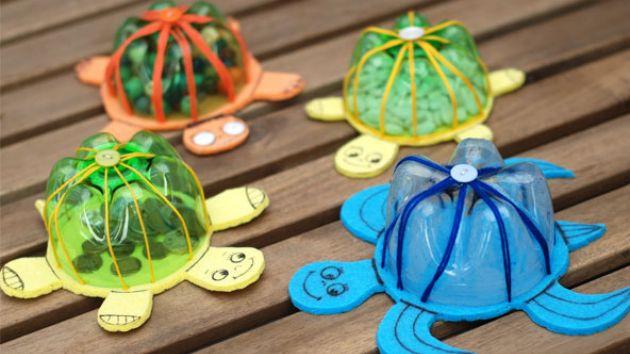 Χελώνες κουμπαράδες που κολυμπούν   Πάμε Βόλτα