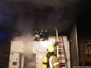 Feuerwehr Ratingen muss Epoxidharz löschen http://www.feuerwehrleben.de/feuerwehr-ratingen-muss-epoxidharz-loeschen/ #feuerwehr #firefighter #ratingen