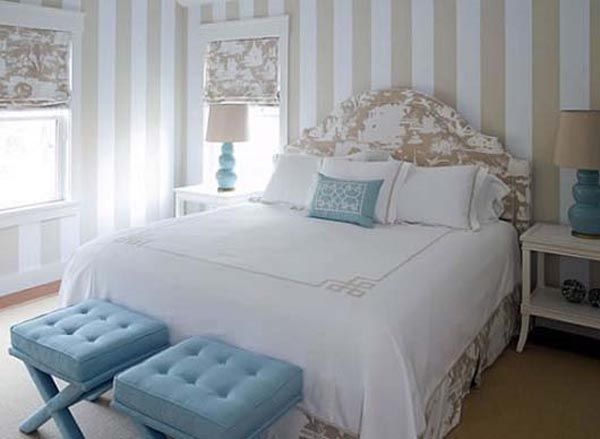 love the neutrals with blue