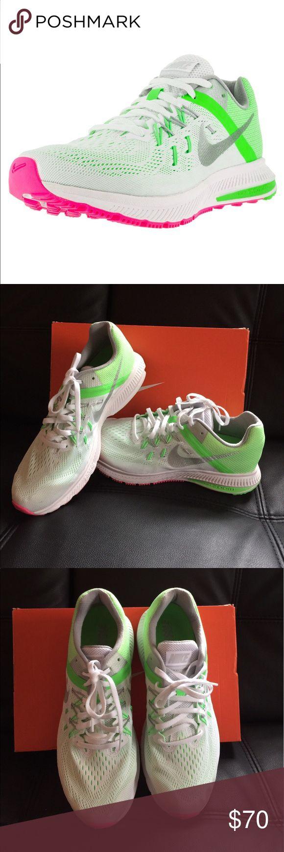 Women's Zoom Winflo 2 Running Shoe size 7 nwb Brand new retail $90 Nike Shoes Sneakers