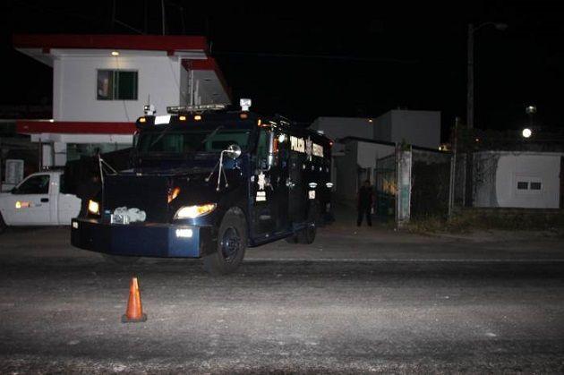 El lunes pasado los 52 normalistas fueron interceptados muy cerca de la caseta de cobro de Zirahuén por elementos de la SSP; llevaban consigo dos autobuses robados y les encontraron ...