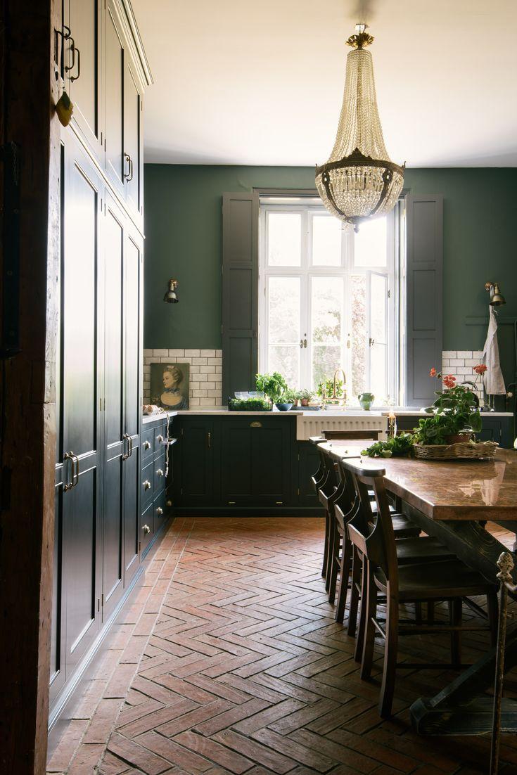 Villa Pelican image by Alisha Mora Victorian kitchen