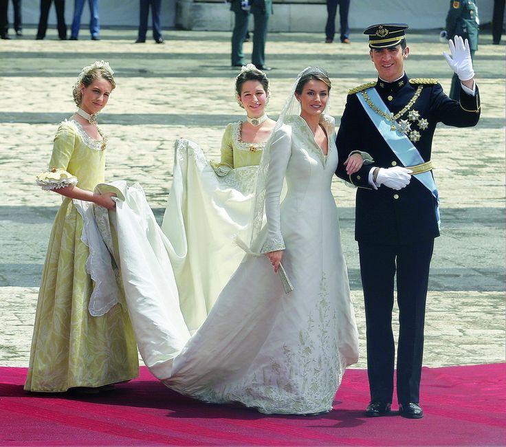 189 best Wedding Letizia & Felipe images on Pinterest | Letizia ...