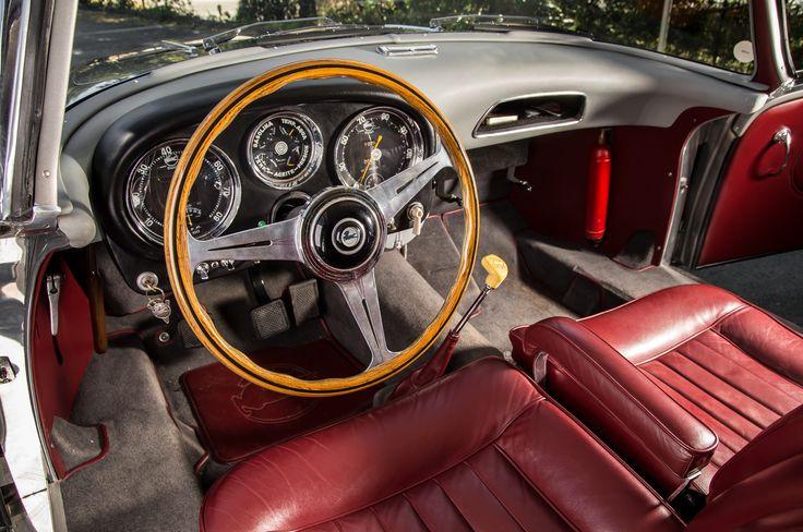 1956-Pegaso-Z-103-Panoramica-interior.jpg (2048×1360)