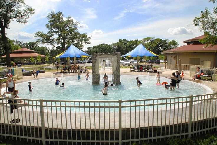 Minnehaha Park minnehaha park falls - wabun picnic area wading pool | splish
