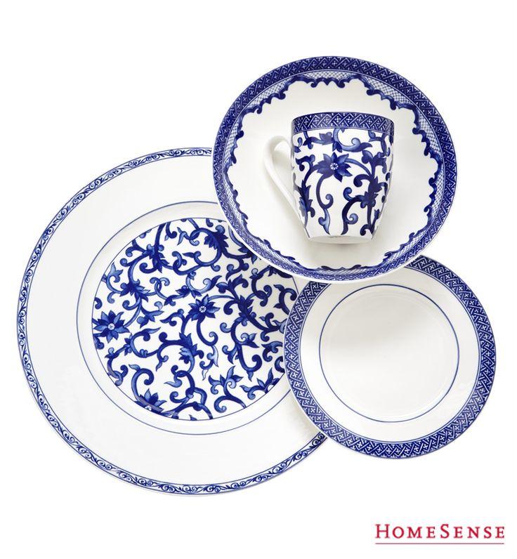 Serve up the style with classic porcelain blue-and-white ware for entertaining this fall. #serving #dining #plates #dishes #ideas / Recevez avec style grâce à cette vaisselle classique bleue et blanche parfaite pour cet automne. #service #repas #assiettes #vaisselle #idees  Enter Contest: http://www.HomeSense.ca/HomeSenseStyle Participer: http://www.HomeSense.ca/HomeSenseStyleFr  #HomeSenseStyle