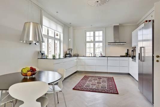 Minimalistic white kitchen, Scandinavian