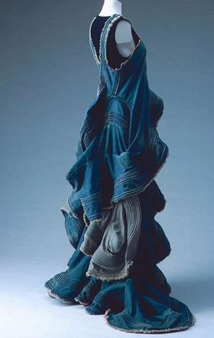 Junya Watanabe, Comme des Garcons 2002 - maxi dress made from blue denim - love the fabric manipulation it looks like waves.