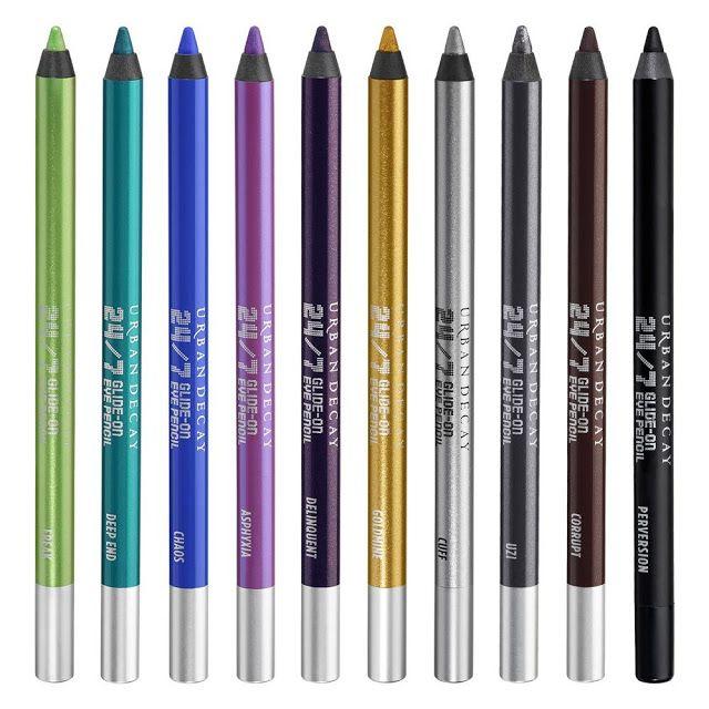 Lapis para olhos Urban Decay 24/7   A linha de lápis para olhos da Urban Decay 24/7 considero que da categoria investimento. Ou seja não são os mais baratos do mundo mas são tão bons e funcionam tão bem pra mim que eu não tenho dó de comprá-los. Eles são de longe os melhores que eu já usei. Fixam bem tem ótima durabilidade e uma gama de cores muito boa. Comecei a usá-los há uns quatro anos e nesse tempo joguei todos os outros fora. Minha cor preferida da vida é o Rockstar uma cor meio…