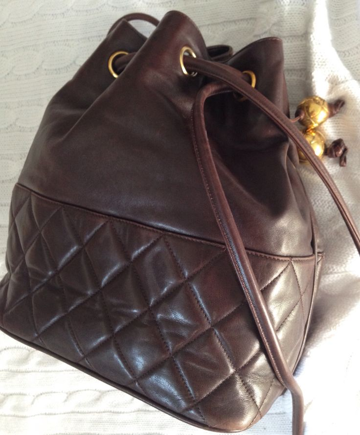 Vintage 1970s Chanel quilted brown kid leather boho bag