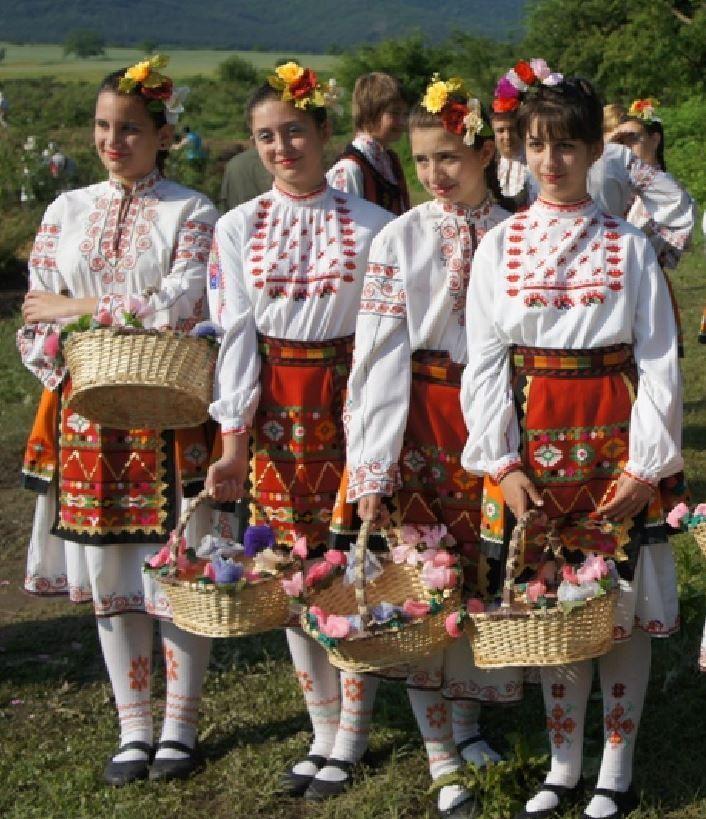 ブルガリアの民族衣装の少女たち フィンセント・ファン・ゴッホ Vincent van Gogh