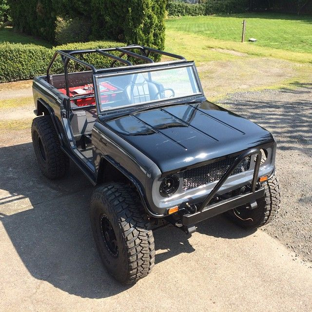 '62 IH Scout very close to rollin' to the trail. First outing this weekend TSF. WhooHoo!!!