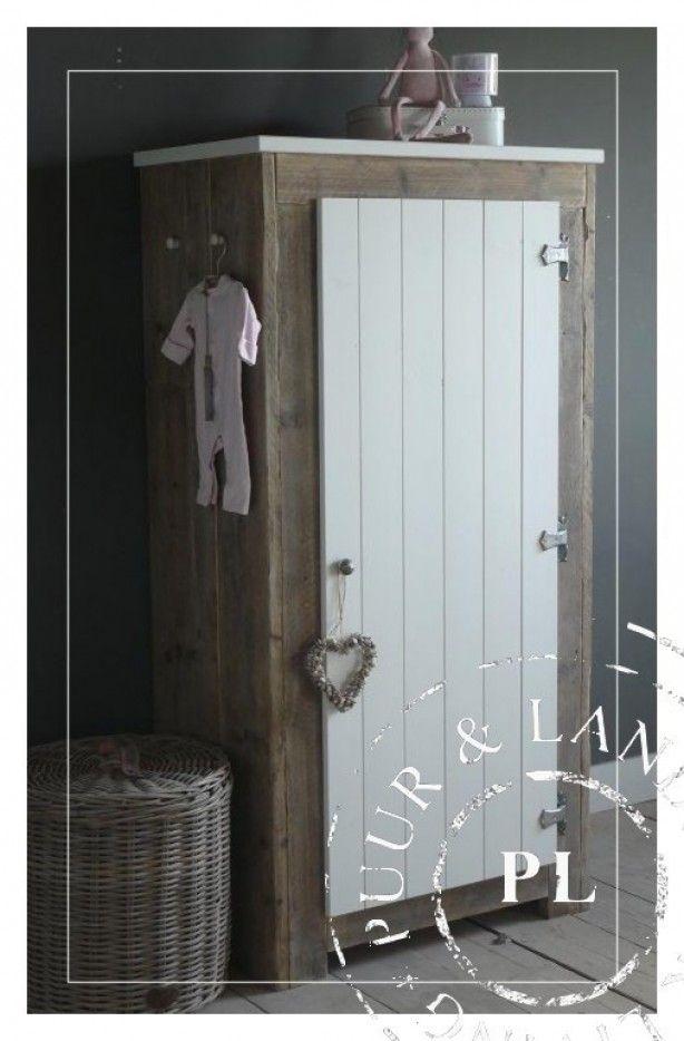 25 best images about landelijke babykamer on pinterest tes the closet and a star is born - Kinderkamer taupe ...