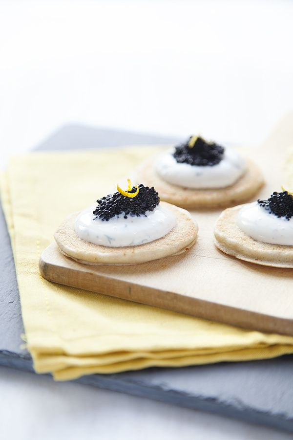{ Vivement Noël } Blinis de sarrasin et caviar végétal. - 100 % Végétal