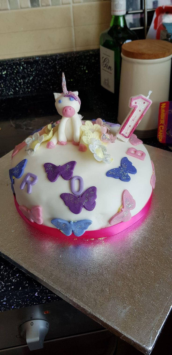 Unicorn cake 1st birthday Cake ideas Cake, 1st birthday